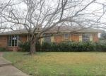 Foreclosed Home en KENNEDY AVE, Duncanville, TX - 75116