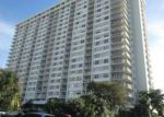 Foreclosed Home en BAYVIEW DR, North Miami Beach, FL - 33160