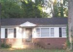 Foreclosed Home en OAK VALLEY RD, Decatur, GA - 30035