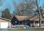 Foreclosed Home en W 5TH ST, Bluford, IL - 62814