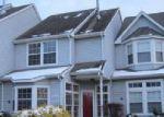 Foreclosed Home en THOREAU LN, Williamstown, NJ - 08094