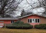Foreclosed Home en TEMPLETON DR, Omaha, NE - 68134
