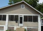 Foreclosed Home en CHELSEA AVE, Kansas City, MO - 64128