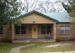 Foreclosed Home en ELDER ST, Moss Point, MS - 39563