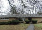 Foreclosed Home en N WORTH AVE, Elgin, IL - 60123
