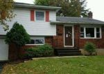 Foreclosed Home en W EMAUS AVE, Allentown, PA - 18103