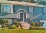 Foreclosed Home en ROGER ST, Cumberland, RI - 02864