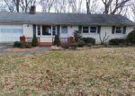 Foreclosed Home en TARYN LN, New Milford, CT - 06776