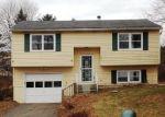 Foreclosed Home en ALLEN RD, Torrington, CT - 06790