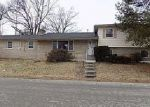 Foreclosed Home en DUMESNIL ST, Louisville, KY - 40211