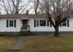 Foreclosed Home en BEECH ST, Falmouth, KY - 41040
