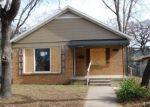 Foreclosed Home en RIVERSIDE DR, Fort Worth, TX - 76111