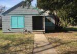 Foreclosed Home en LARGENT AVE, Ballinger, TX - 76821