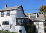 Foreclosed Home en GREENOCK BUENA VISTA RD, Greenock, PA - 15047