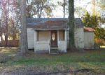 Foreclosed Home en FLORIDA AVE, Macclenny, FL - 32063