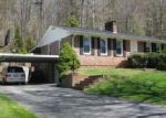 Foreclosed Home en ROLLING HILLS RD, Erwin, TN - 37650