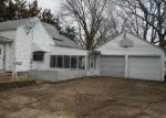 Foreclosed Home en 16TH AVE, Sterling, IL - 61081