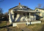Foreclosed Home en W MAPLE ST, Wichita, KS - 67213