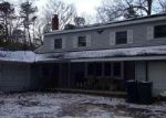 Foreclosed Home en NUGENTOWN RD, Tuckerton, NJ - 08087