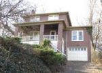 Foreclosed Home en FOREST HILLS RD, Pittsburgh, PA - 15221
