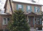 Foreclosed Home en OAK AVE, Torrington, CT - 06790