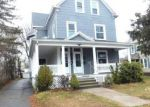 Foreclosed Home en WALLACE ST, New Britain, CT - 06051