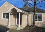 Foreclosed Home en NE WINCHESTER ST, Roseburg, OR - 97470