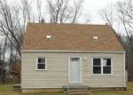 Foreclosed Home en PEARL AVE SE, Massillon, OH - 44646