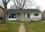 Foreclosed Home en N HENRY RUFF RD, Westland, MI - 48185