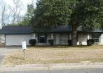 Foreclosed Home in CHARLESTON DR, Shreveport, LA - 71118