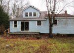 Foreclosed Home en KEMP RD, Hampton, CT - 06247