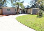 Foreclosed Home en VERA DR, Jacksonville, FL - 32218