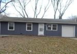 Foreclosed Home en POTTAWATOMIE ST, Leavenworth, KS - 66048