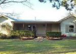 Foreclosed Home en LAKESIDE DR, Pipe Creek, TX - 78063