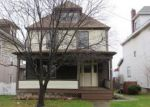 Foreclosed Home en TAYLOR AVE, New Kensington, PA - 15068