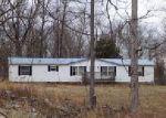 Foreclosed Home en KAMBER LN, Vine Grove, KY - 40175