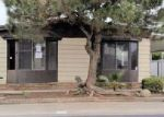 Foreclosed Home en S CHESTER AVE SPC 11, Bakersfield, CA - 93304