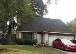 Foreclosed Home en MAYFIELD OAKS LN, Houston, TX - 77088