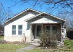 Foreclosed Home en AVENUE C, Seguin, TX - 78155