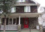 Foreclosed Home en S CEDAR LN, Upper Darby, PA - 19082