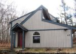 Foreclosed Home en CARDS MILL RD, Columbia, CT - 06237