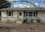 Foreclosed Home en ENGLAND DR, Huntland, TN - 37345
