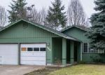 Foreclosed Home en CAMELLIA ST, Springfield, OR - 97478