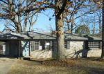 Foreclosed Home en SOUTHBORO DR, Little Rock, AR - 72209
