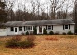 Foreclosed Home en HUNGERFORD LN, Harwinton, CT - 06791