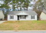Foreclosed Home in CLUBHOUSE DR, Riverdale, GA - 30274