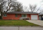 Foreclosed Home en LORETTA AVE, Waterloo, IA - 50702