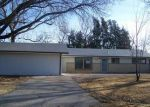 Foreclosed Home en S SEVILLE AVE, Wichita, KS - 67209