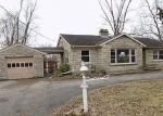 Foreclosed Home en ASHBY LN, Louisville, KY - 40272