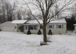 Foreclosed Home en CHANNEL PKWY, Edwardsburg, MI - 49112